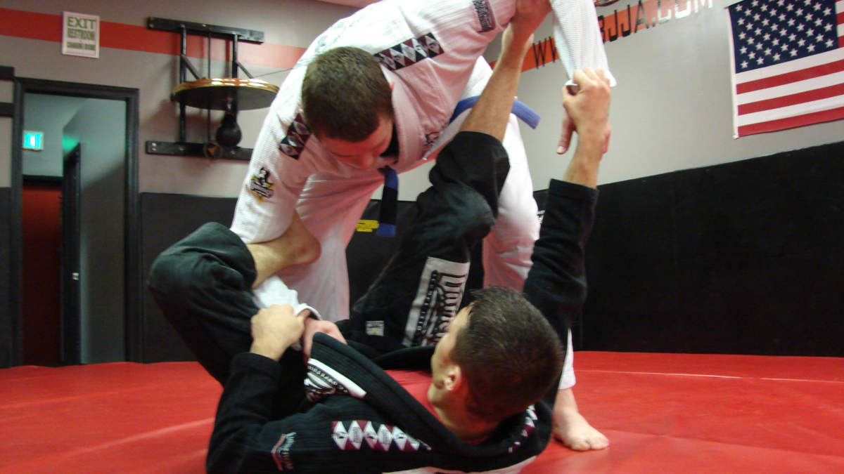 Coach James Clingerman demonstrating the Brazilian Jiu-Jitsu Spider Guard at IBJJA